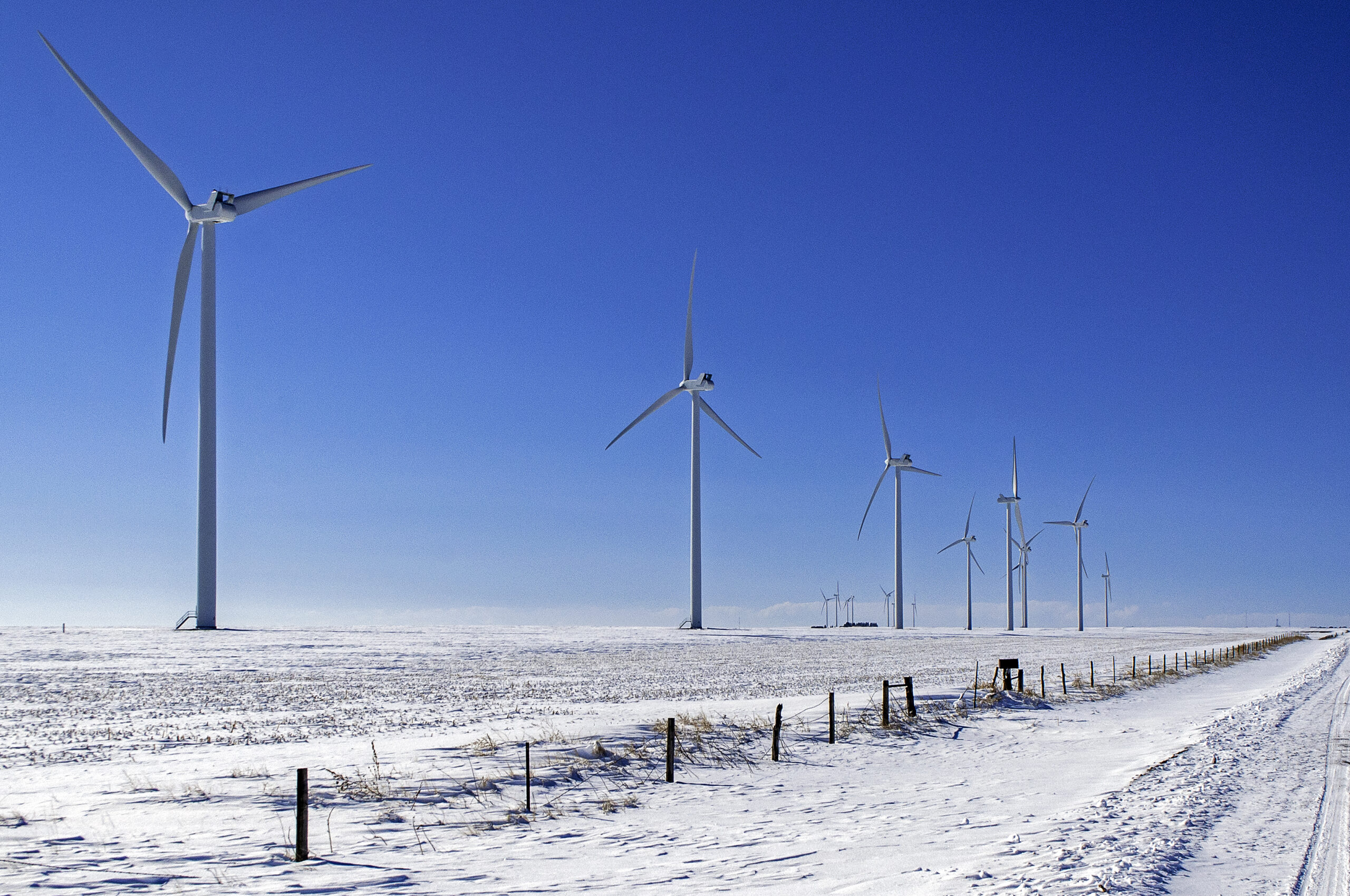 Clean Energy Employment Barely Creeps Up as Winter Sets In, November Data Shows